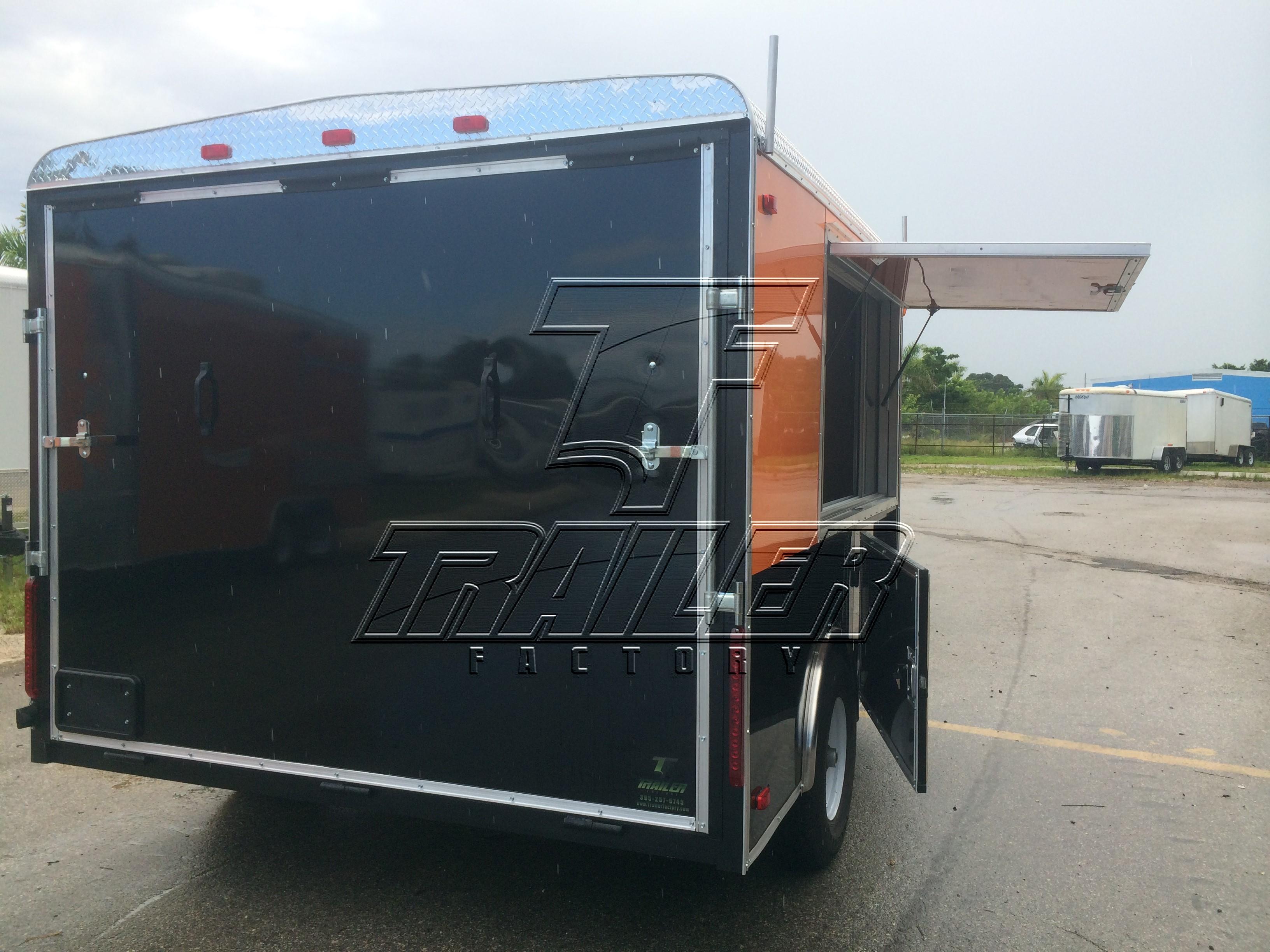 8 6x18 Tandem Axle Merchandiser Trailer Trailer Factory