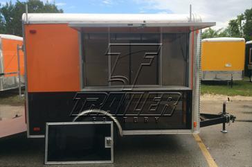 merchandiser-trailer-slide