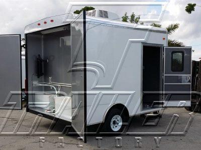 trailer-mobile-dog-grooming.jpg